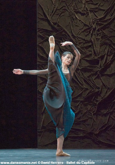 influences on nacho duato The latin explosion: the latin influence extends to film as new work produced by hubbard street these days is that of spanish choreographer nacho duato.
