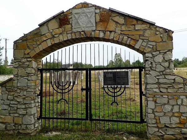 Cmentarz żydowski w Wąchocku fot. Kasia-s