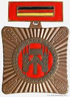 074b Brigade der sozialistischen Arbeit www.ddrmedailles.nl