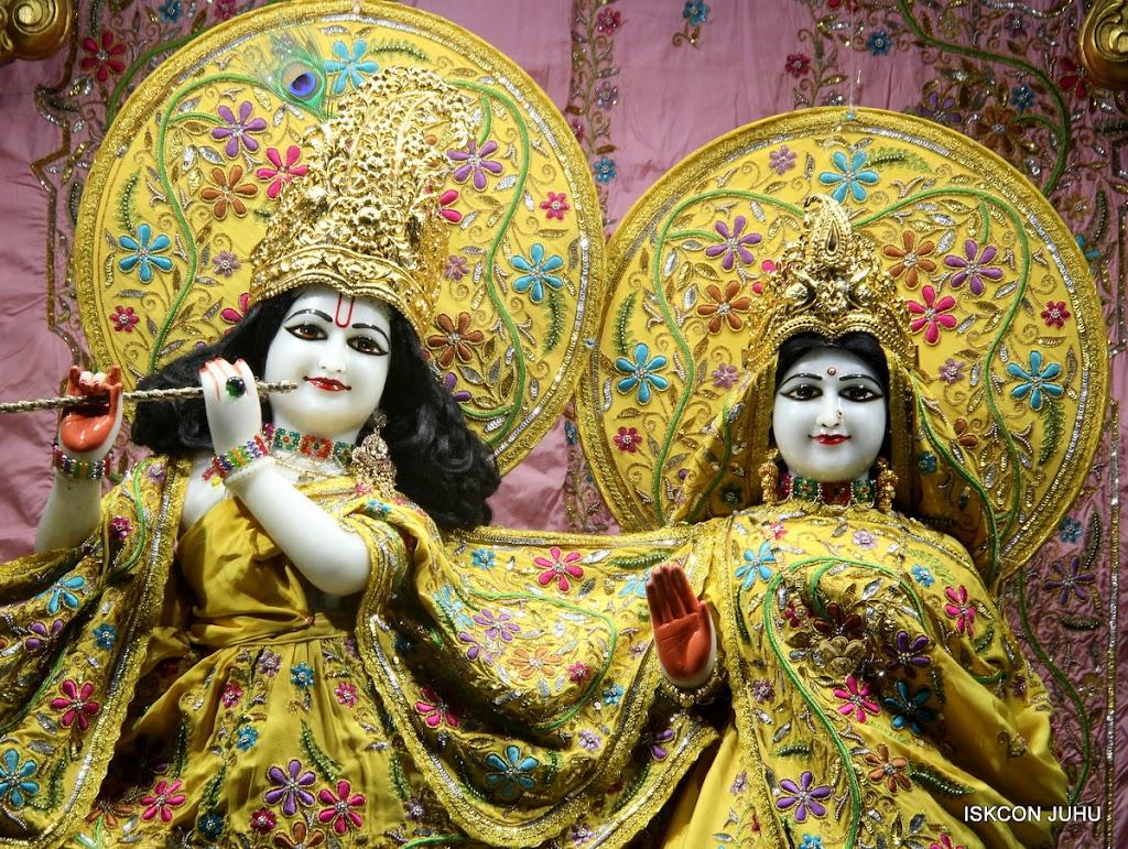 ISKCON Juhu Mangal Deity Darshan on 27 April 2016 (23)