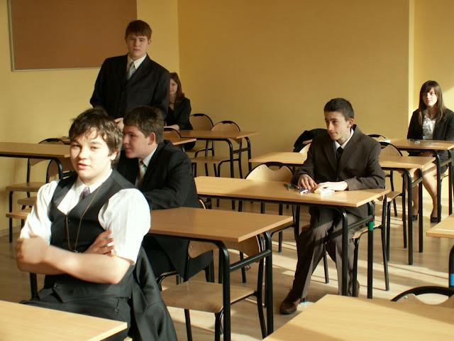Pierwszy egzamin gimnazjalny w ZS nr 2 w Dukli 2011 - PICT1346_1.JPG