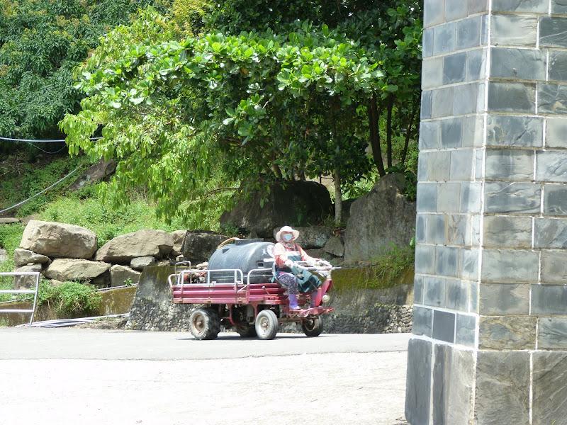 Tainan County. De Baolai à Meinong en scooter. J 10 - meinong%2B093.JPG
