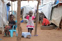 Správa tábora pro vnitřní uprchlíky. (Foto: Jan Novák, Člověk v tísni)