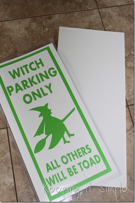 Halloween-decor-Witch-brown-and-witch-parking-sign (5)