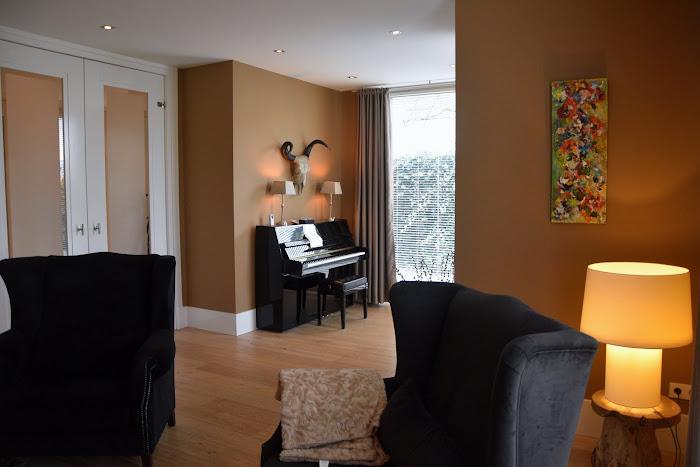 4Voorkamer piano.jpg