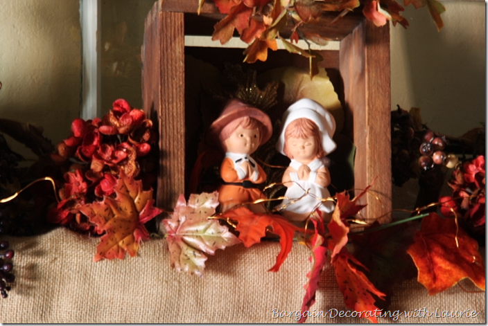 Pilgrim Children in Prayer for Thanksgiving Mantel Decor