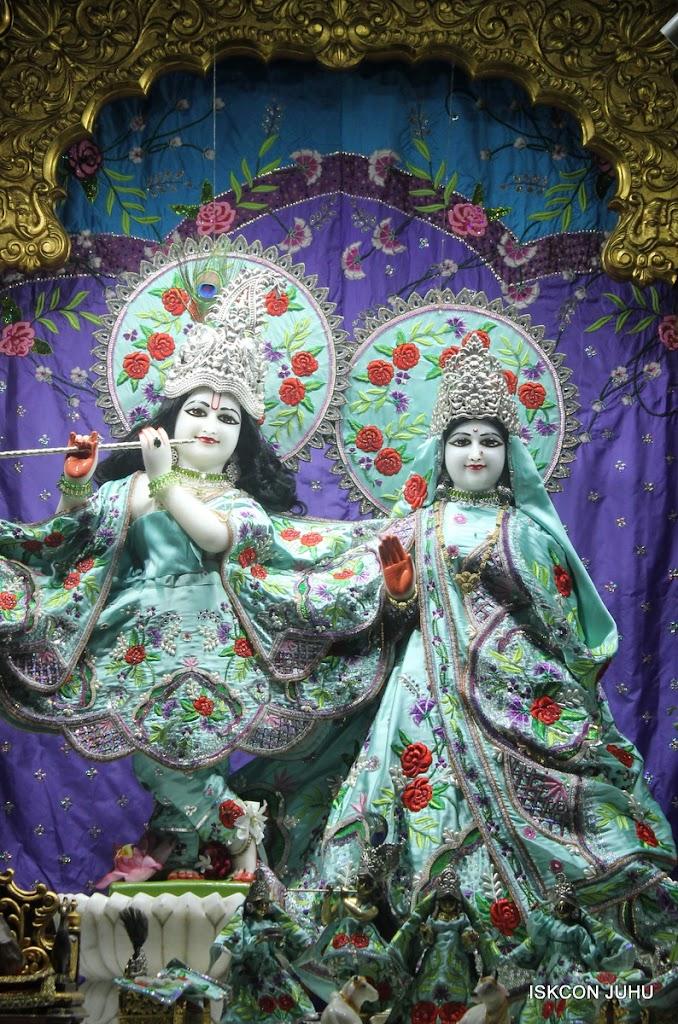 ISKCON Juhu Mangal Deity Darshan on 24th June 2016 (24)