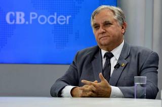 Izalci Lucas ( Senador  DF)  diz que ministros ofereceram cargo em troca de voto a favor da MP da venda da Eletrobras