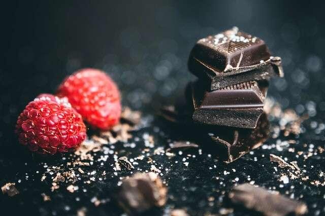 الشوكولاته الداكنة الغذاء حرق الدهون