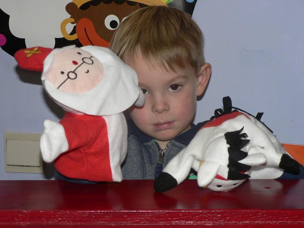 Sinterklaas op bezoek - P1270286.JPG