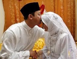 Wow, Dari Hal Inipun Pahala Mengalir Untuk Suami Istri