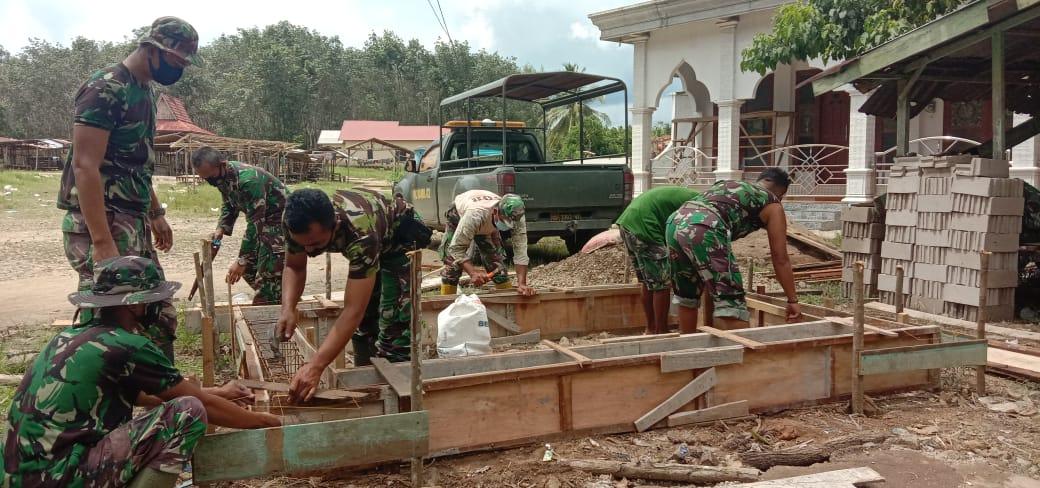 Ciptakan Keamanan Di Desa, TMMD Kodim 1008/Tanjung Bangun Pos Kamling