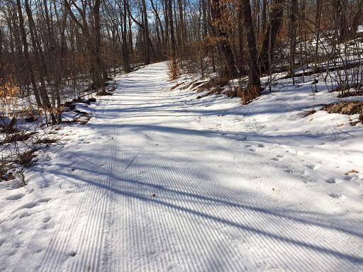 Frozen fresh corn snow corduroy for Friday morning skiing!