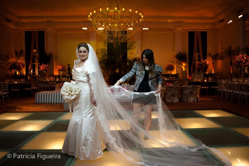 Foto de casamento 0545 de Sunny e Richard. Marcações: 18/06/2011, Carol Hungria Vestido, Casamento Sunny e Richard, Fotos de Vestido, Rio de Janeiro, Vestido, Vestido de Noiva.