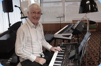 Club President, Gordon Sutherland, playing his Korg Pa4X. Photo courtesy of Dennis Lyons.