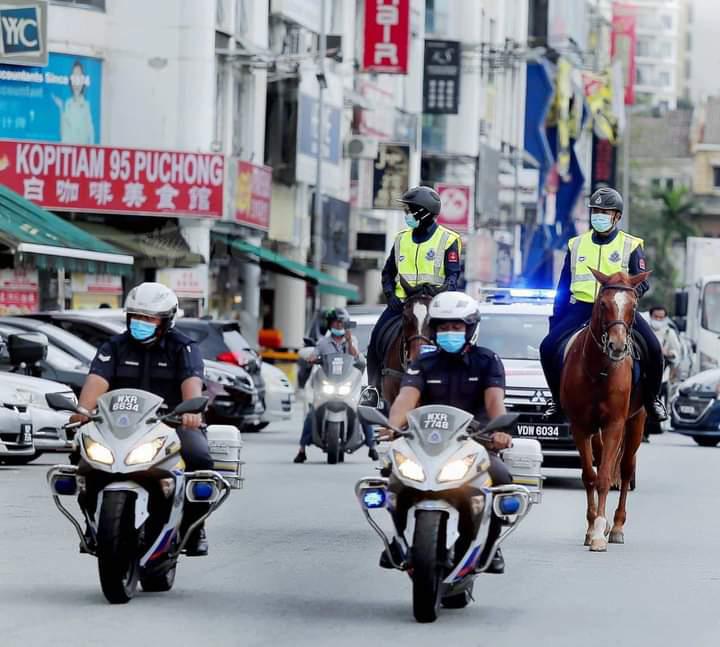 Unit Berkuda PDRM pantau SOP sekitar serdang