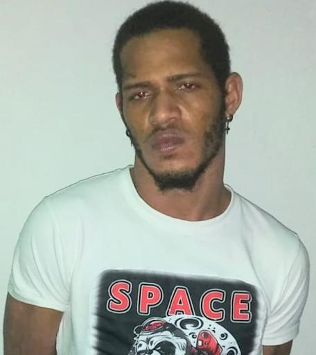 Policía apresa a CARLOS JOSE CASTRO, alias YOR
