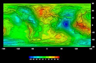 Imgen del primer mapa global del campo gravitatorio obtenido por el satélite GOCE
