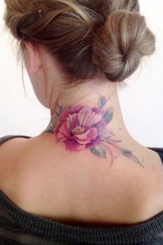 bela_flor_nuca_tatuagem