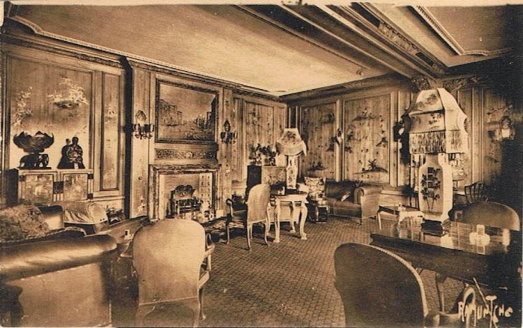15- Salon del REINA DEL PACIFICO. Colección Arturo Paniagua.jpg