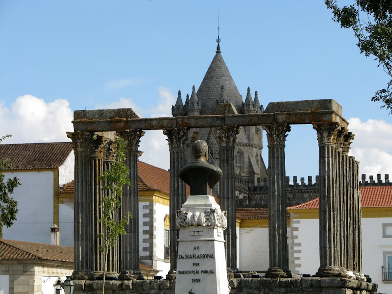 IMG_0954 - Diana temple. Evora