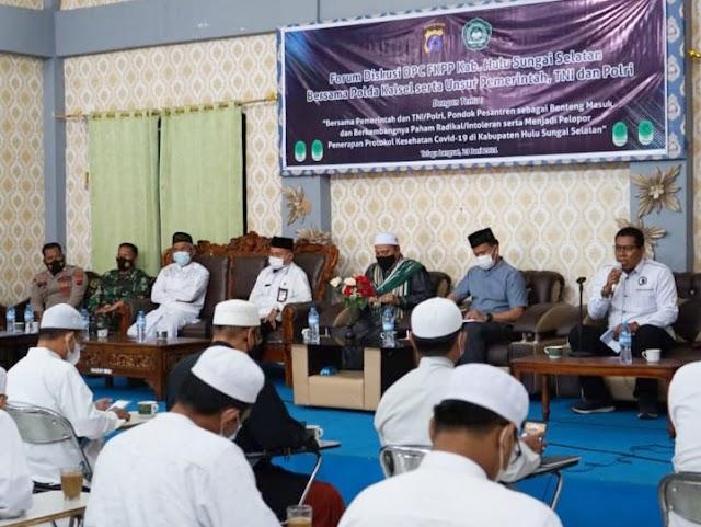 Antisipasi Radikalisme dan Terorisme, Polda Kalsel Gelar Silaturahmi dan Diskusi Bersama Ponpes se-Kabupaten HSS