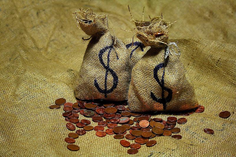 iniziamo con monetine........ di Naldina Fornasari