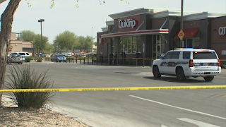 Man critically injured after a security guard shot him at a Phoenix convenience store