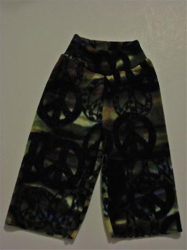 Camouflage and Peace Fleece Yoga Pants (sm)