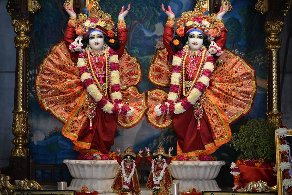 ISKCON Ujjain Deity Darshan 10 Jan 2017 (5)