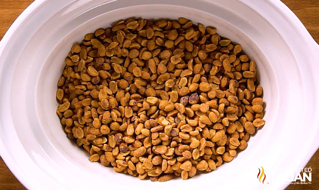 peanuts in a slow cooker