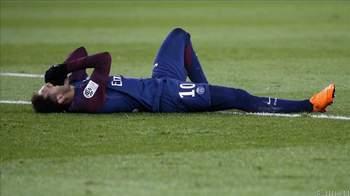 PSG boss Emery denies injured Neymar requires surgery