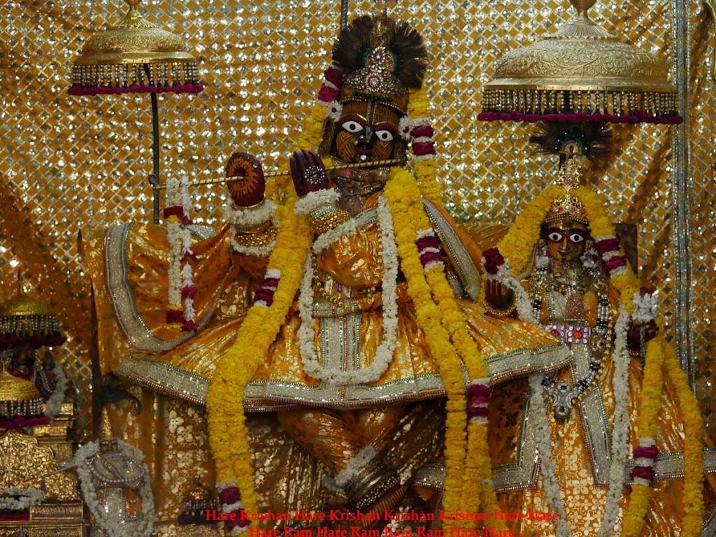 Radha Govind Devji Deity Darshan 28 Mar 2016 (7)