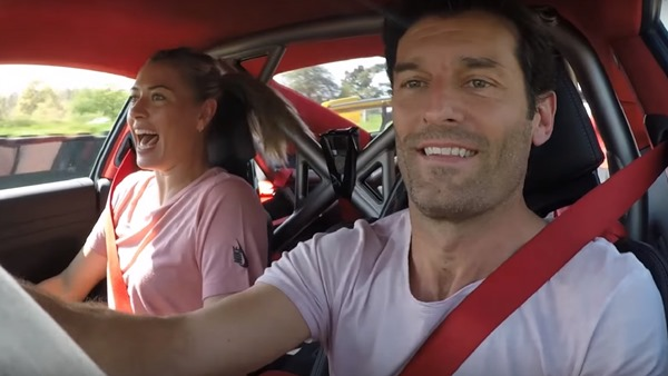 Mark Webber-Sharapova-911 gt2 rs