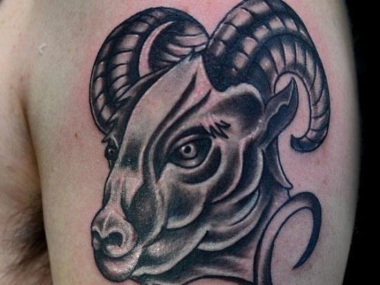 cinza_ries_antebraço_tatuagem