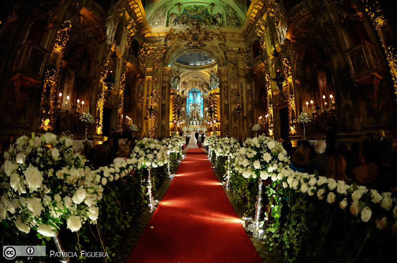 Foto de casamento 2658 de Camille e Paulo. Marcações: 11/06/2010, Casamento Camille e Paulo, Igreja, Igreja Nossa Senhora Monte do Carmo, Rio de Janeiro.