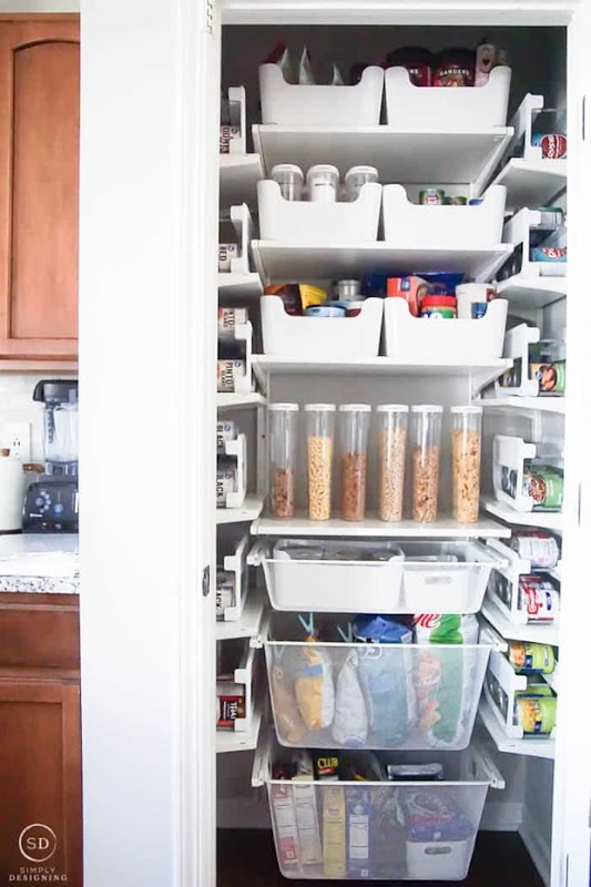 How-to-Organize-a-Closet-Under-the-Stairs-and-DIY-Pantry-Organization-Ideas-07549