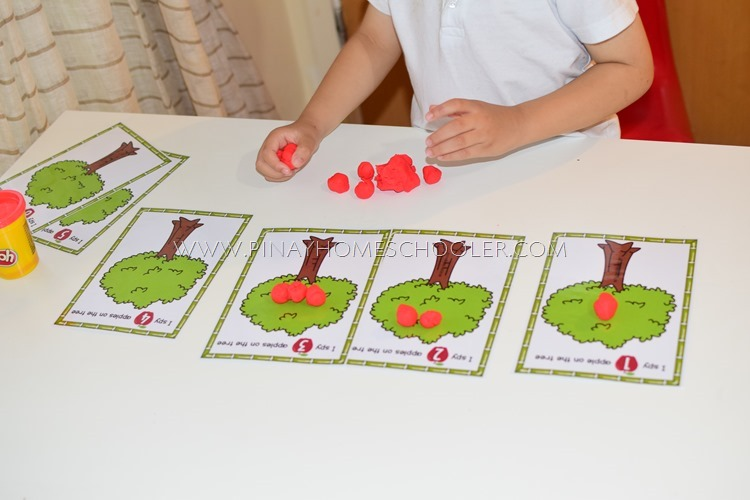 Apple Counting Dough Mats