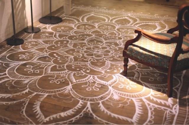 Beautiful Painted Floor Mandala Rugs