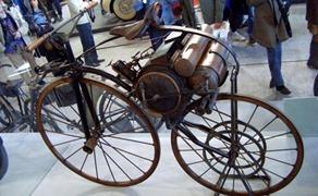 moto Perreaux 1871