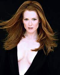 Julianne Moore Net Worth, Income, Salary, Earnings, Biography, How much money make?