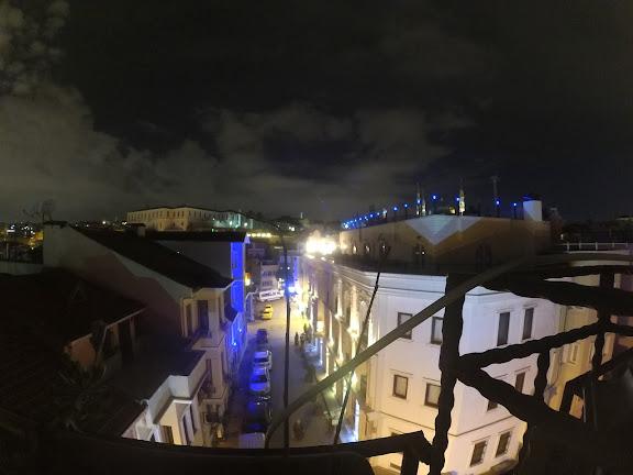 Нічний вигляд на Стамбул