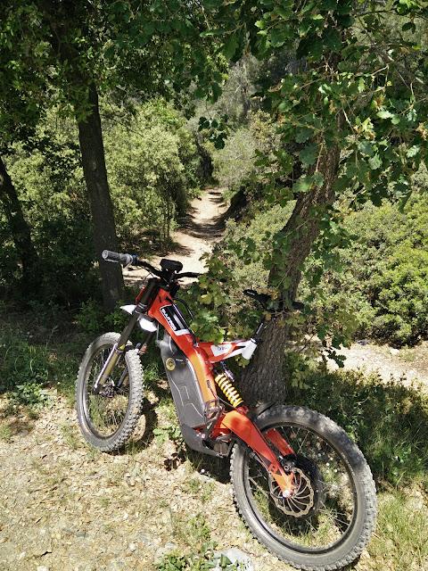 Scoot Gambler o Bultaco brinco IMG_20160519_131944
