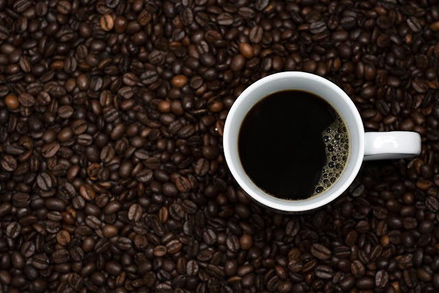 Cafè descafeïnat, és més saludable?