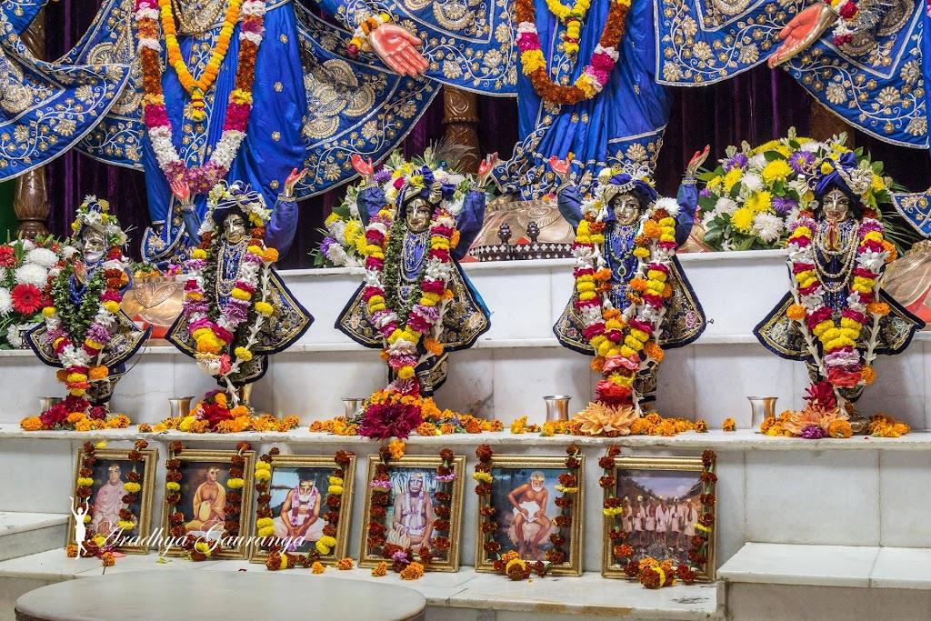 ISKCON Mayapur Deity Darshan 31 Dec 2016 (2)