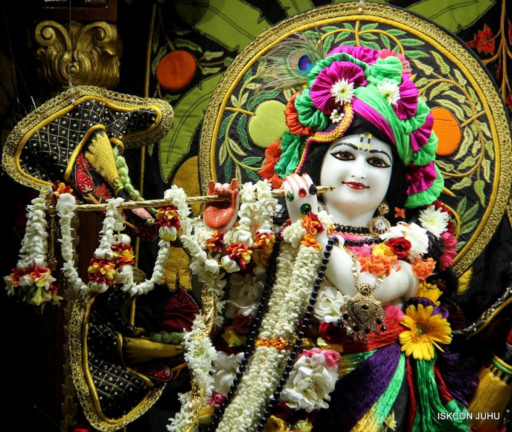ISKCON Juhu Sringar Deity Darshan on 4th June 2016 (5)