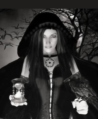 Witch And Black Raven, Ravens