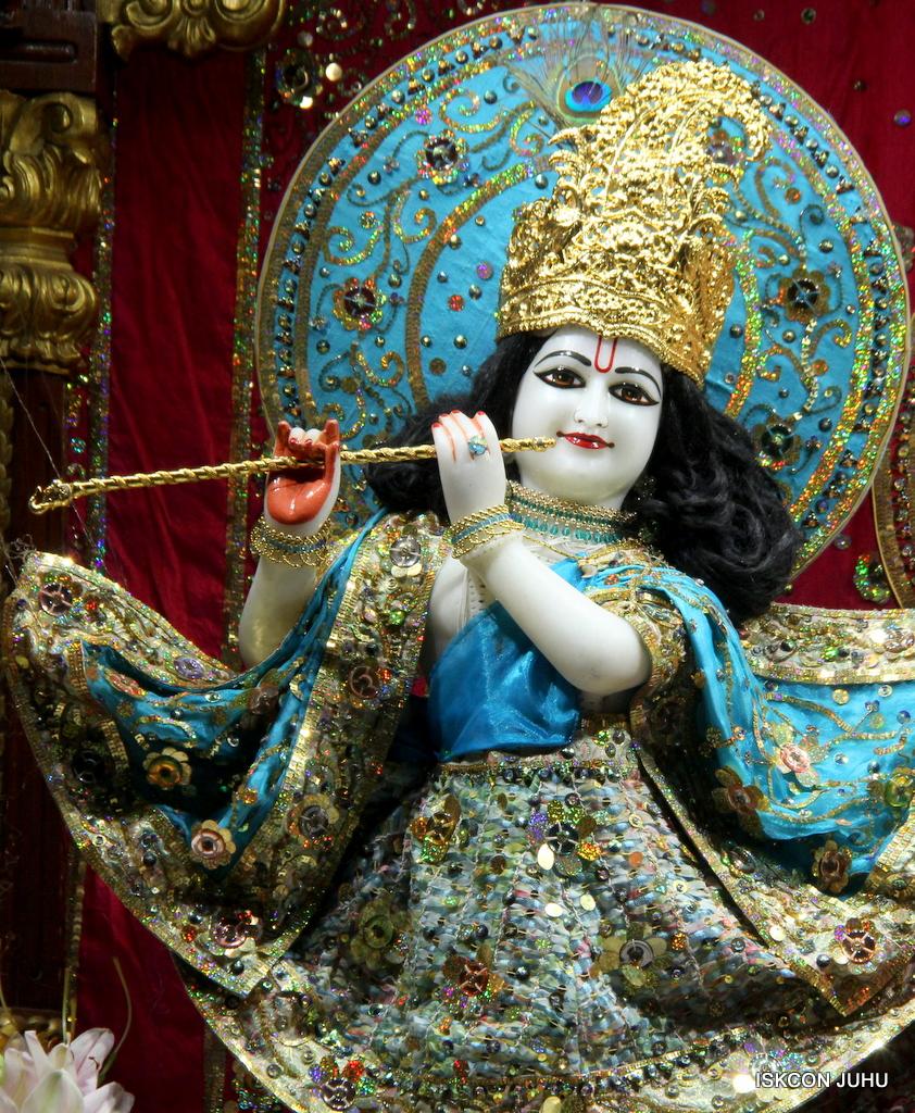 ISKCON Juhu Mangal Deity Darshan on 25th Oct 2016 (23)