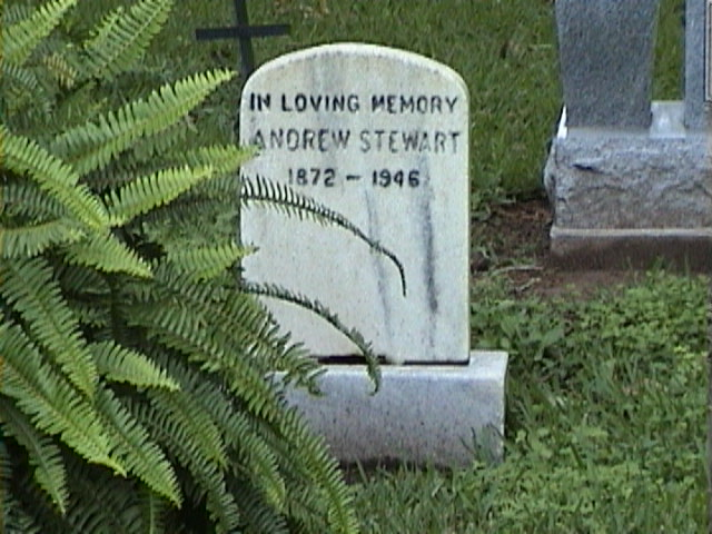 1610Headstone_in_a_Southern_Mansion_Garden_-_New_Orleans