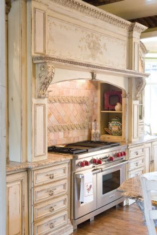 The Enchanted Home: The ultimate shout out to white kitchens ...